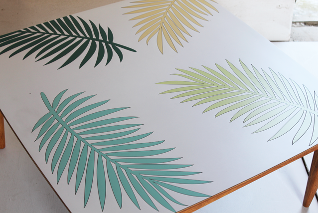 palm-leaf-coffee-table-by-lucy-turner