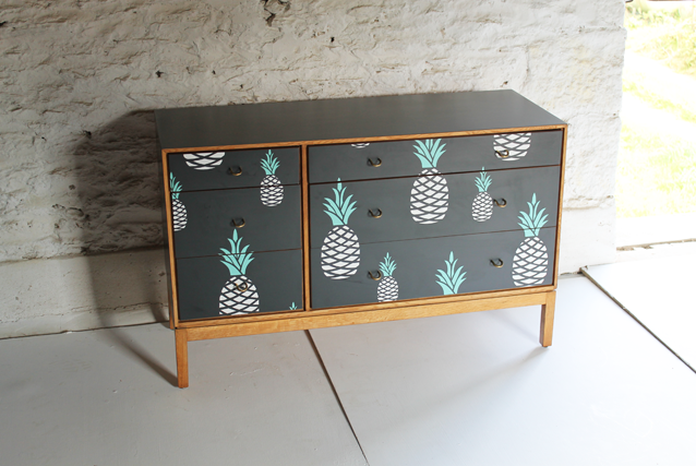 pineapple-oak-greay-chest-by-lucy-turner-modern-marqutery