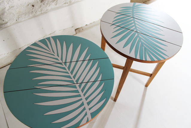 marina-blue-white-palm-leaf-formica-tables