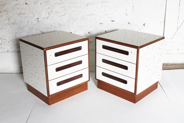 white-bedside-cabinets-modern-marquetry-triangle-