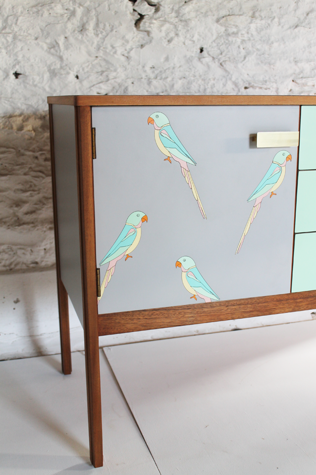 formica-laser-cut-marquetry-parakeet