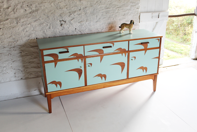 turquiose-sideboard-colourful-bright-funriture-unusual-scralet-hotel